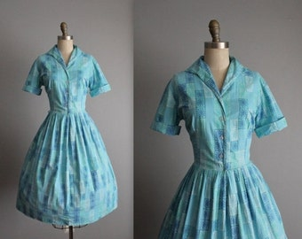 STOREWIDE SALE 50's Shirtwaist Dress // Vintage 1950's Atomic Print Blue Cotton Garden Party Shirtwaist Dress M L