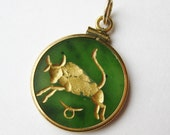 Vintage Carved Jade Gold Filled Taurus Zodiac Symbol Necklace Pendant Watch Fob