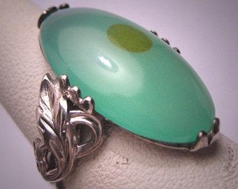 Vintage Australian Jade Ring Retro Art Nouveau Silver Setting c.1920 Art Deco