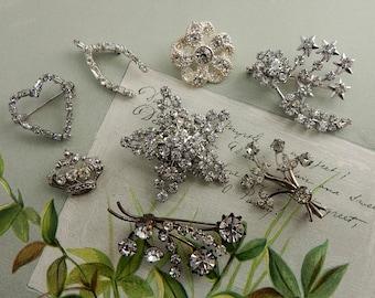 8 Small Clear Rhinestone Pins Brooch Bridal Bouquet Lot    NDH47