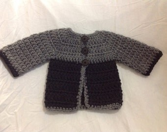 Boy sweater in charcoal grey and black infant sweater
