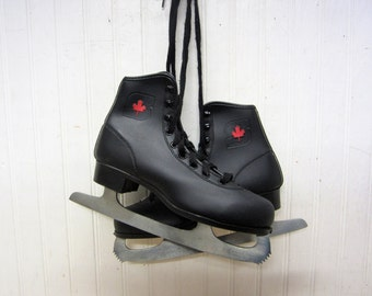 Pair of Vintage Size 4 Black Leather Ice Skates Red Canada Maple Leaf Winter Lodge Christmas Decor