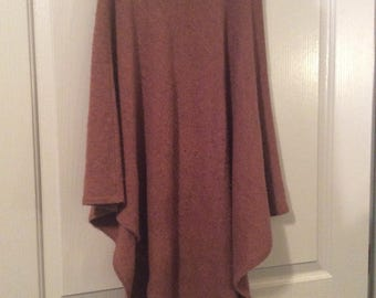 Cashmere 100% skirt poncho one size fits all flaw see details