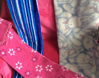 Fleece scarves: Choice of bunny, blue stripe,or pink snowflake.vtg 80s no flaws soft warm