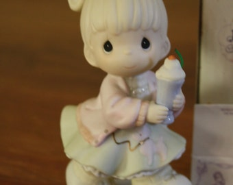"1996 Precious Moments Members Only Figurine ""Our Club Is Soda-licious"""