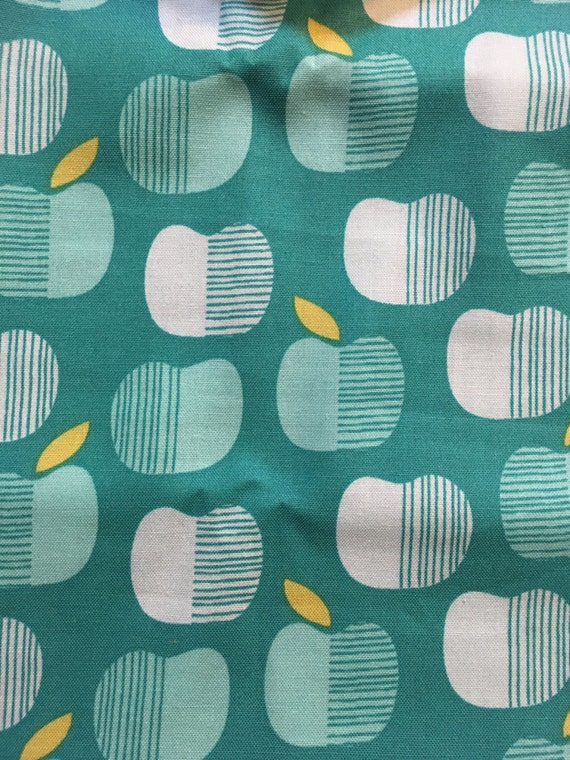 Cloud 9 Turquoise Apples Cotton fabric - 1 yard
