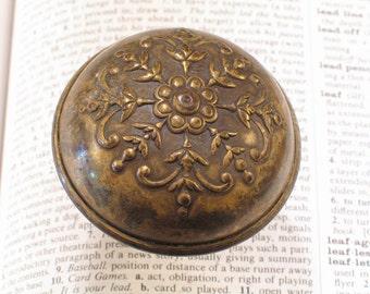 Brass Victorian Door Knob  -- Antique Vintage Doorknobs Hardware #B