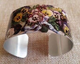 Pansy bracelet, Yard Long art, Pansy jewelry, Vintage floral jewelry