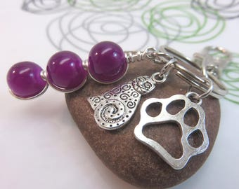 Cat keychain - purple glass keyring - purple keychain - silver cat bag charm - animal love silver with swivel clasp