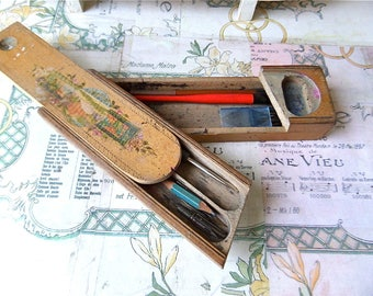 French flea market Find Vintage Plumier Wooden Pencil Box