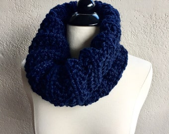 Navy Blue Ribbed Cowl Scarf, Hand Knit Infinity Scarf, Hand Knit Cowl Scarf, Chunky Scarf, Chunky Knit, Snood, Winter Accessories