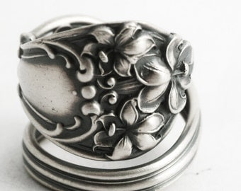 Hibiscus Ring, Vintage Spoon Ring, Hibiscus Flower Blossoms, Spiral Sterling Silver Spoon Ring, Handmade Jewelry, Adjustable Ring Size, 6608