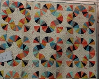 Mahalo Desert Bloom Boxed Quilt Kit KIT37520 by Sherri & Chelsi of A Quilting Life for Moda