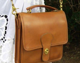 Vintage Coach Bag • Coach Station Bag • Leather Messenger • British Tan Leather • Satchel • 1980s