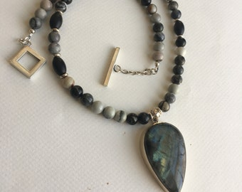 Silver Leaf Jasper, Onyx and Labradorite Long Pendant Necklace and Earrings Set