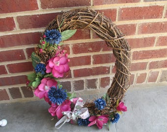 Twig Wreath With Flowers/Greenery