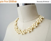 BLACK FRIDAY SALE / vintage Trifari necklace / cream and gold bib necklace