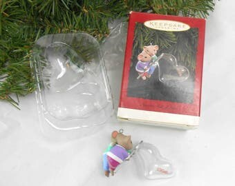 Vintage Hallmark Keepsake ornament 1996 Hearts Full of Love mouse Christmas ornament new old stock mice blowing bubbles