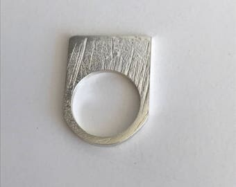 Flat geometric silver ring - architect ring - rectangle silver ring - texturized ring