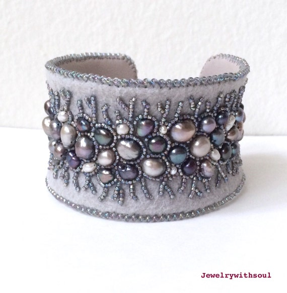 Grey pearl cuff bracelet, bead embroidery bracelet, bead embroidered cuff bracelet with freshwater pearls and seed beads - Winter lace