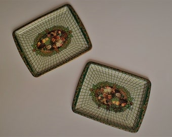 set of 2 vintage serving trays | cottage kitchen decor | cottage tin trays for wall decor | Made in England  trays | Daher kitchenware decor
