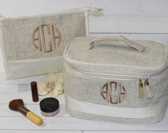 Monogram Makeup Bag - Train Case - Toiletry Bag - Graduation Gift - Bridesmaid Gift - Monogram Train Case - Cosmetic Bag - Graduation Gift