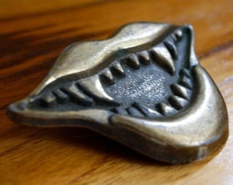 brass fang belt buckle