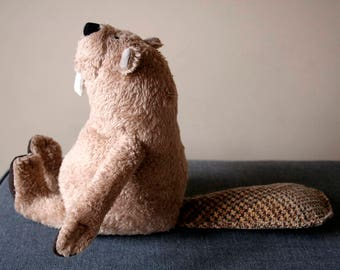 Funny Beaver Plushie, stuffed animal toy for children