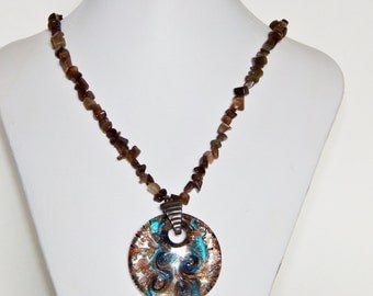 Pendant Necklace, Glass Necklace, Chip Bead Necklace, Beaded Necklace, Handmade Jewelry, Fashion Necklace, Jewelry for Women