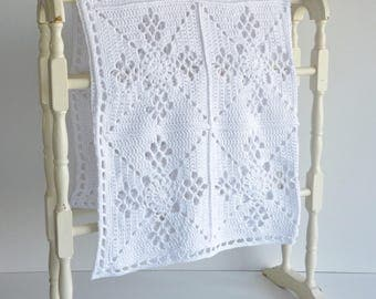 Baby blanket - pure organic white cotton - crochet in traditional Victorian design