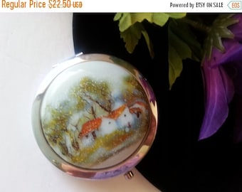 Now On Sale Vintage Mirror Compact, Retro Purse Accessory, Collectible Compact, Gift For Her, Holiday Gift Idea
