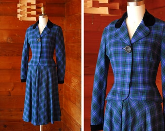 vintage 1940s suit / 40s blue and green plaid wool suit / size xs