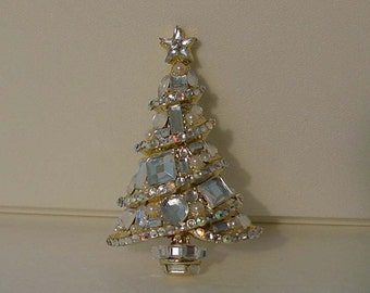 Gorgeous Christmas Tree Brooch Holiday Pin Xmas Jewelry Crystal Brooch