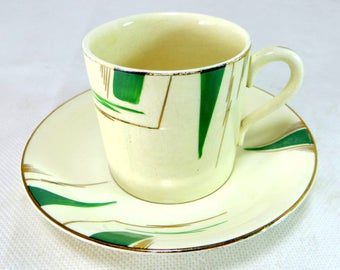 Art Deco Midwinter Demitasses, Set of 3 Handpainted Green and Gold Streaked Porcelain Demitasse Coffee Cups/Cans & Saucers 1930s