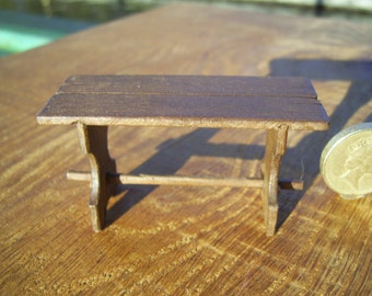 1/24th (half inch) scale miniature medieval/tudor or later table