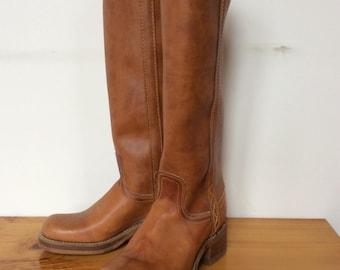 Vintage Dingo Campus Boots Western Boots Vintage Cowboy Boots Dingo Brown LEATHER  Vintage Cowgirl Boots 5.5 M