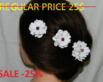 Christmas SALE!!! Bridal leather flower hair clip and Leather flower brooch - white rose, wedding accessories!