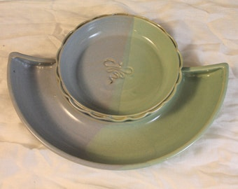 Brie Baker and cracker set - dragonfly with blue and green glaze - chip and dip - appetizer dish - hostess gift