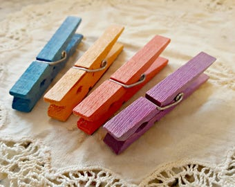 Wooden Farmhouse Clothes Pin Clothespin Refrigerator Memo Board Magnets - Rainbow Colors Set of 4