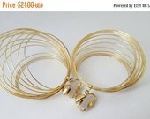 20% Off Sale Vintage Large Gold Basket Wire Hoop Clip On Earrings