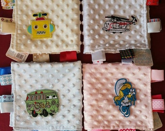 Taggy Blanket Selection Baby Comforter with Cute Motif/Comfort Blanket - New Baby Girl Baby Boy Gift/Baby Shower Gift