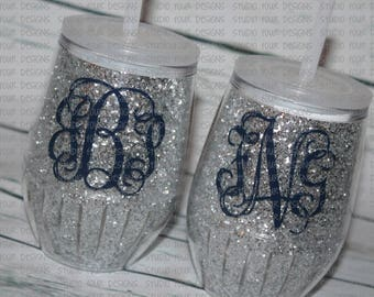 Personalized Stemless Glitter Wine Tumbler - vino to go - Girls Weekend | Bachelorette Parties | Tailgating | Camping | Outdoor Party