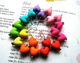 20 Knitting stitch markers rainbow hearts
