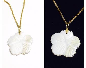 Carved shell Flower Pendant/Necklace, vintage Floral Design, gold tone, Item No. B347