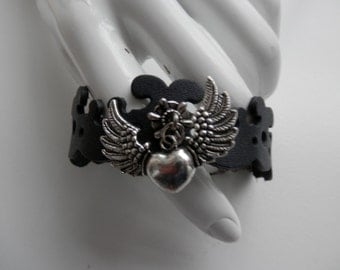 Leather HEART with WINGS bracelet