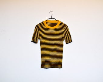 Vintage Handmade Yellow and Navy Striped Stretchy Knit Short Sleeve Pullover Top