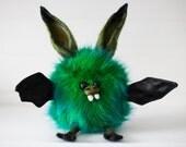 ZIELONY - Moss Bat, Soft Sculpture, Fiber Art, Bat Plush