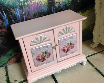 Dollhouse Miniature Vintage Shabby Chic Cottage Farmhouse Country Vintage Pink, Side Table, Hallway Table, Serving Hutch