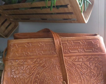 VINTAGE DOUBLE THEMED Tooled Leather Bag in Camel