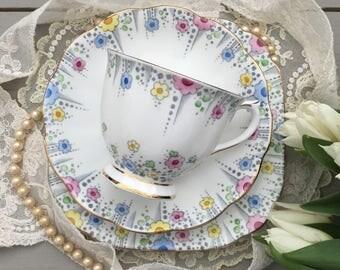 Royal Albert 'Lynton' Tea Set - Art Deco China Tea Trio - Pretty Vintage Tea Set - Vintage Floral Tea Trio - Teacup Saucer Plate -